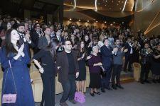 Вице-президент Фонда Гейдара Алиева Лейла Алиева присутствовала на концерте по случаю Дня солидарности азербайджанцев мира и Нового года в Международном центре мугама (ФОТО) - Gallery Thumbnail