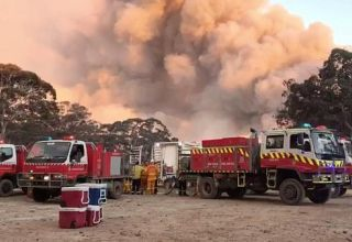 Australia's capital on fire alert as smoke and dust trigger health warnings