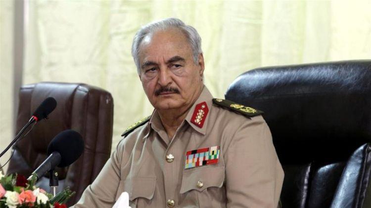 Хафтар заявил о возобновлении добычи и экспорта нефти в Ливии