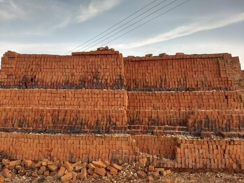 Azerbaijani brick factory to increase production of building materials