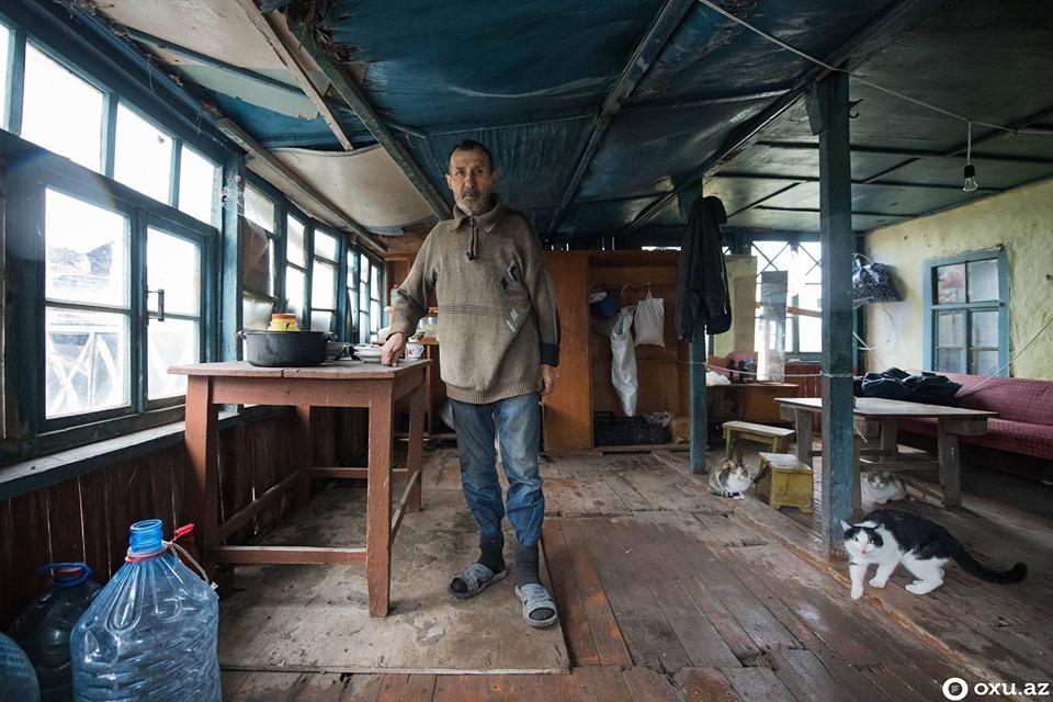 Последний русский Робинзон из Азербайджана. Затерянный мир острова Кюр-Дили (ВИДЕО, ФОТО) - Gallery Image