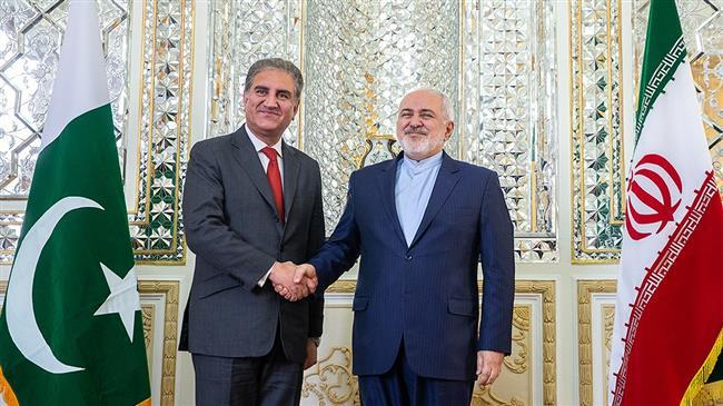 Iranian, Pakistani FMs emphasize de-escalating tensions in Middle East