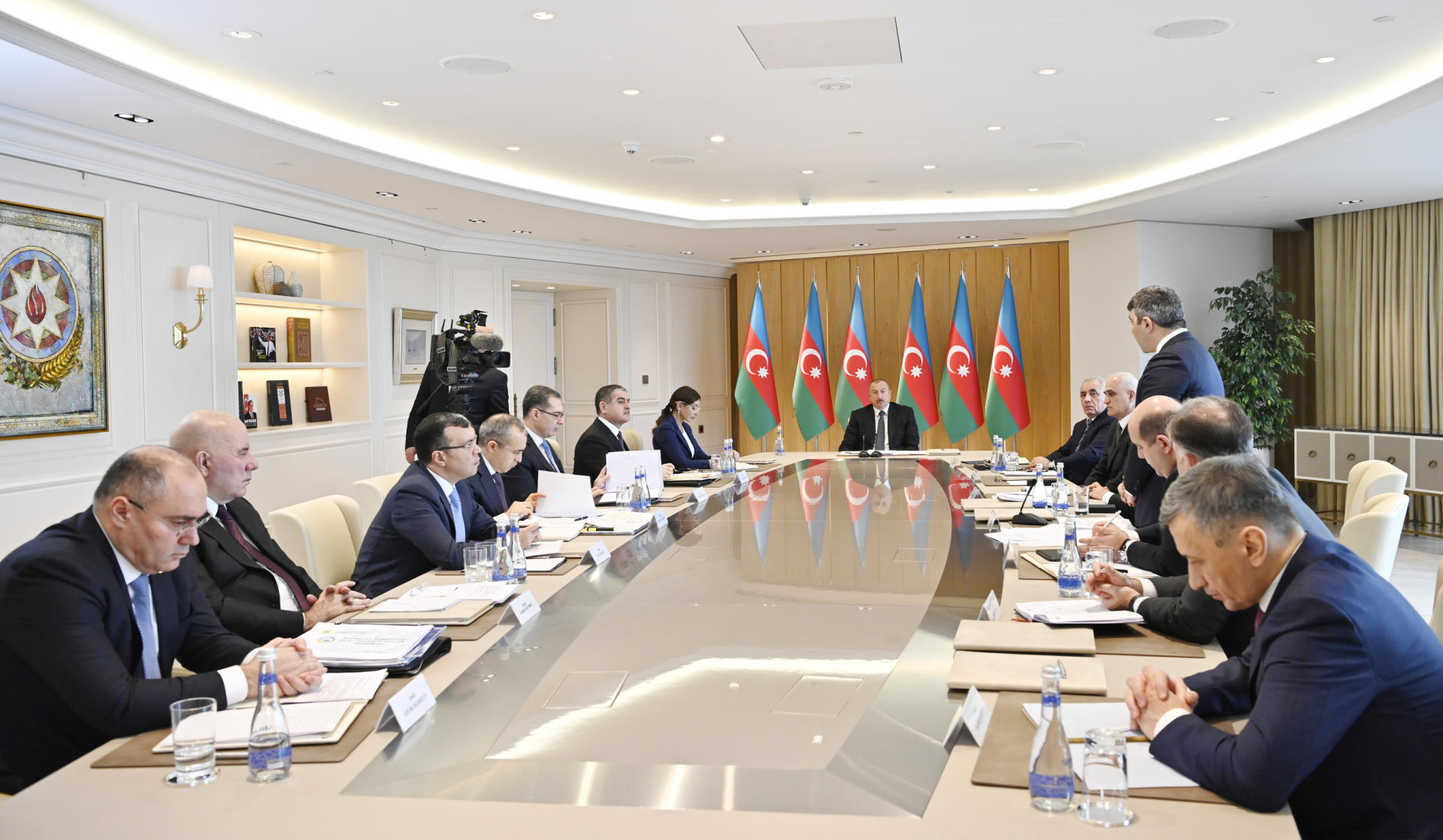 President Ilham Aliyev chairs meeting on results of 2019 (PHOTO) - Gallery Image