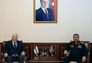 Azerbaijani defense minister meets personal representative of the OSCE chairman-in-office