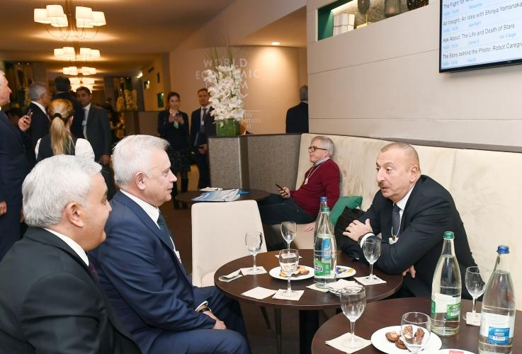 President Ilham Aliyev met with LUKOIL president in Davos (PHOTO)