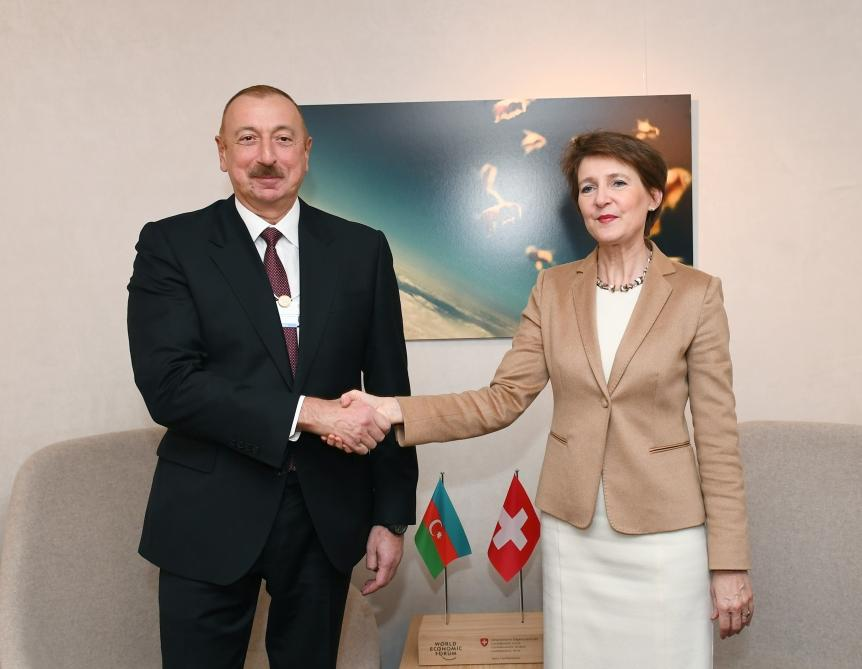 President Ilham Aliyev met with Swiss President Simonetta Sommaruga in Davos (PHOTO) - Gallery Image