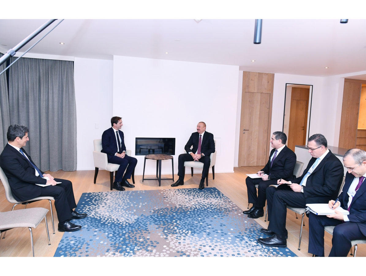 President Ilham Aliyev meets Chief Executive Officer of SUEZ Group (PHOTO)
