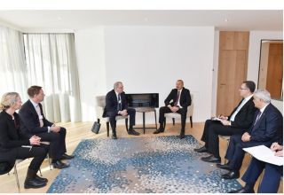 Azerbaijani president meets with Chief Executive Officer of Equinor in Davos (PHOTO)