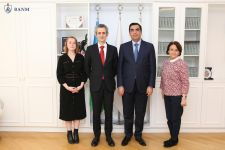 New ambassador of France visits Baku Higher Oil School (PHOTO) - Gallery Thumbnail