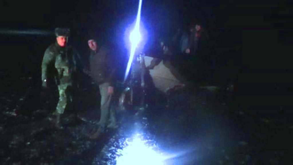 Погранслужба Азербайджана спасла 4 рыбаков с терпящего бедствие судна (ФОТО) - Gallery Image