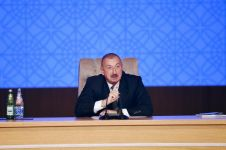 President Aliyev attends conference on results of first year implementation of State Program on socio-economic development of regions in 2019-2023 (PHOTO) - Gallery Thumbnail