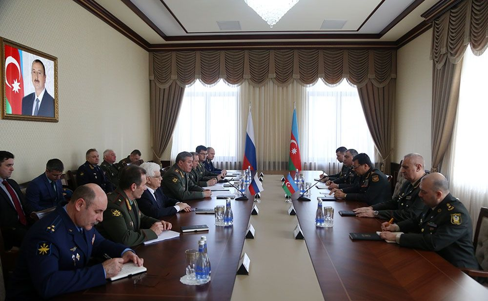 Chiefs of General Staff of Azerbaijani, Russian Armed Forces hold meeting (PHOTO/VIDEO)