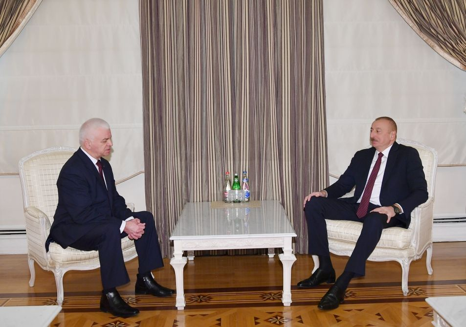 President Ilham Aliyev receives head of CIS observation mission