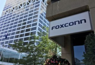 Foxconn aims to resume half China production by end-February