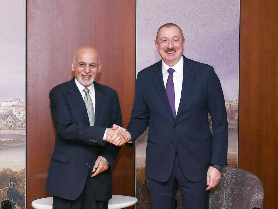 President Ilham Aliyev met with Afghan President in Munich (PHOTO) - Gallery Image