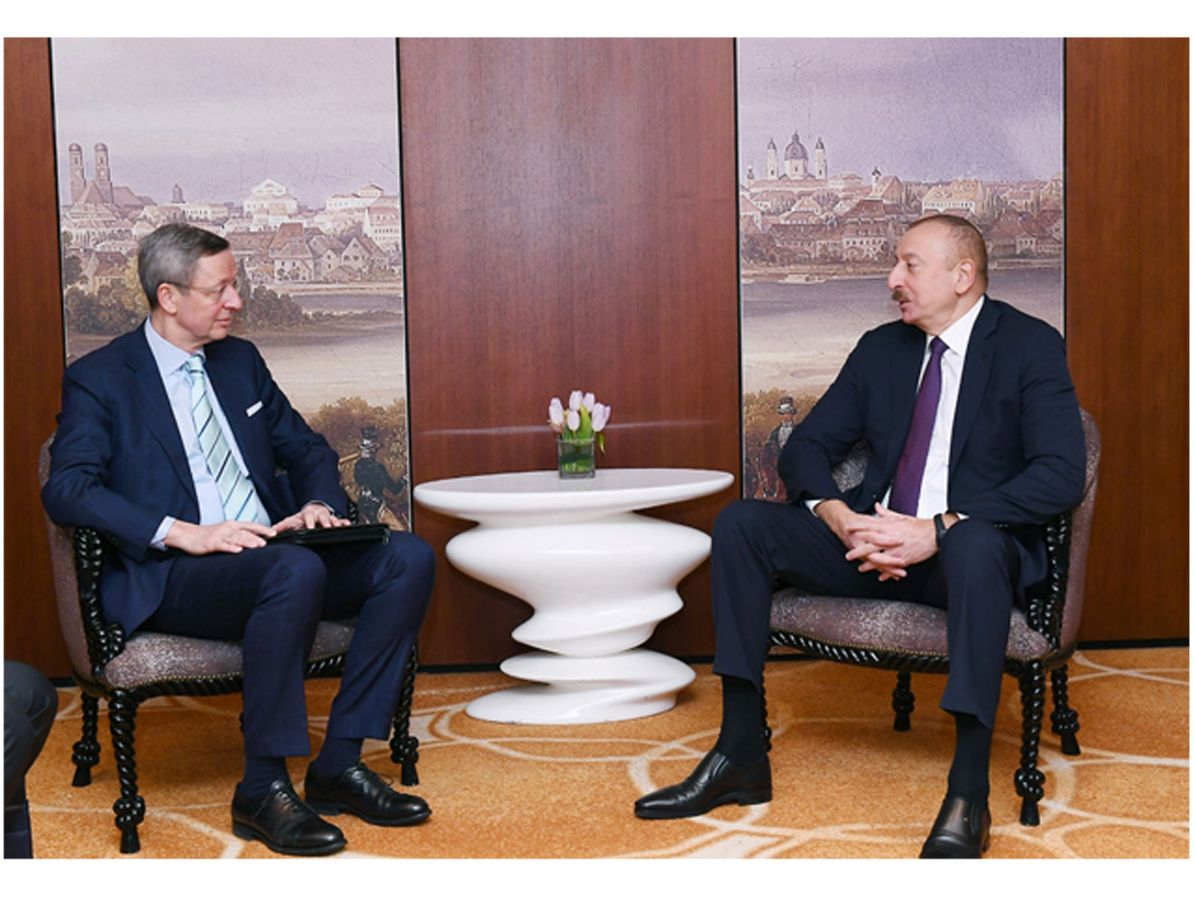 Ilham Aliyev meets with head of South Caucasus working group of German Eastern Business Association (PHOTO)