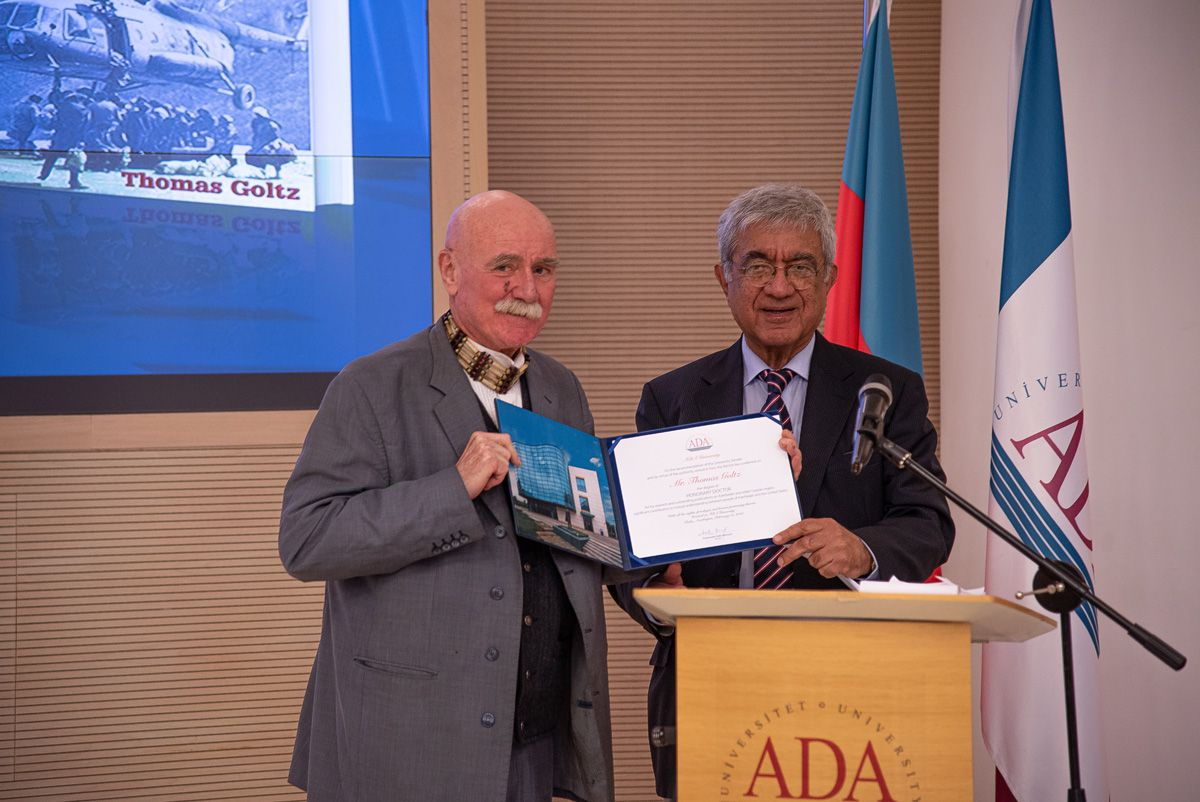 Title of Honorary Doctor of ADA University conferred on well-known US  analyst  (PHOTO) - Gallery Image