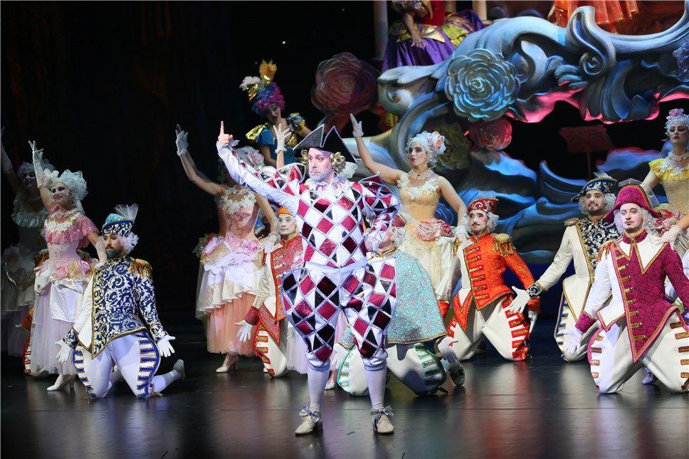 "Азербайджанская ""Золушка"" с триумфом представлена в Москве с 3D технологиями  (ВИДЕО, ФОТО) - Gallery Image"