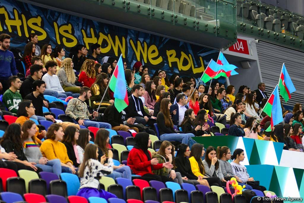 Emotions of fans at FIG World Cup in Trampoline Gymnastics & Tumbling in Baku (PHOTO) - Gallery Image
