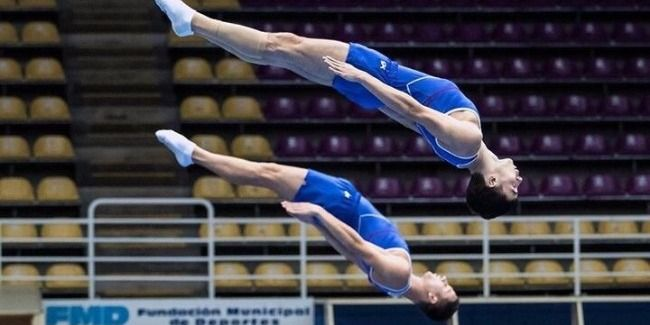 Finalists in trampoline competitions in FIG World Cup among synchronous pairs named