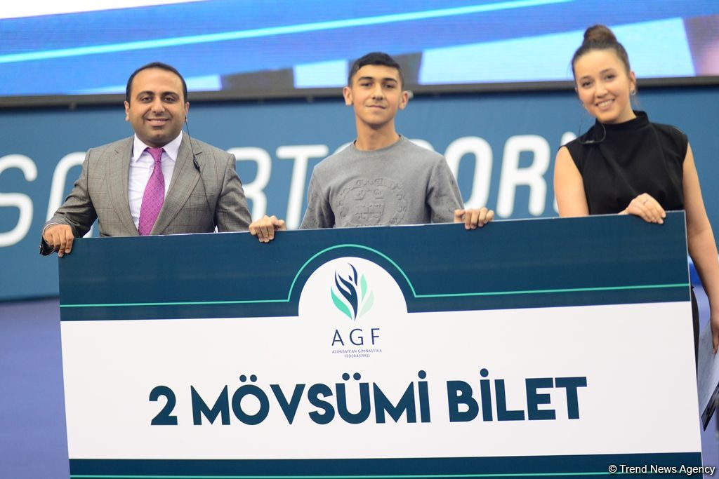Baku hosts awarding ceremony for winners of synchronized trampoline program at FIG World Cup in Trampoline Gymnastics & Tumbling (PHOTO) - Gallery Image