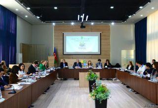 В Баку проходит первое заседание Каспийской школы волонтерства «Меридианы доброй воли» (ФОТО)