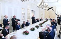 President Ilham Aliyev had working dinner with heads of Italian largest companies (PHOTO) - Gallery Thumbnail