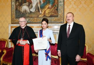 First Vice-President Mehriban Aliyeva awarded highest Papal Order of Knighthood in Vatican (PHOTO)