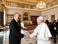 Azerbaijan's President Ilham Aliyev, First Lady Mehriban Aliyeva meet with Pope Francis in Vatican (PHOTO) - Gallery Thumbnail