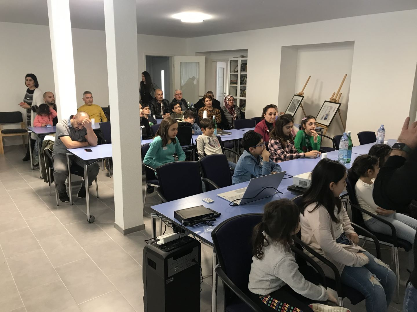 "Simulation game dedicated to Khojaly tragedy held at ""Karabakh"" Azerbaijani school in Switzerland (PHOTO) - Gallery Image"