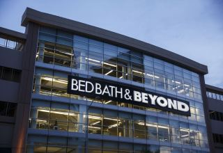Bed Bath & Beyond to cut about 500 jobs