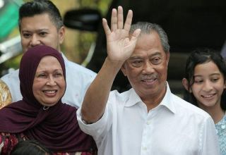Malaysia parliament session delayed by two months to May 18