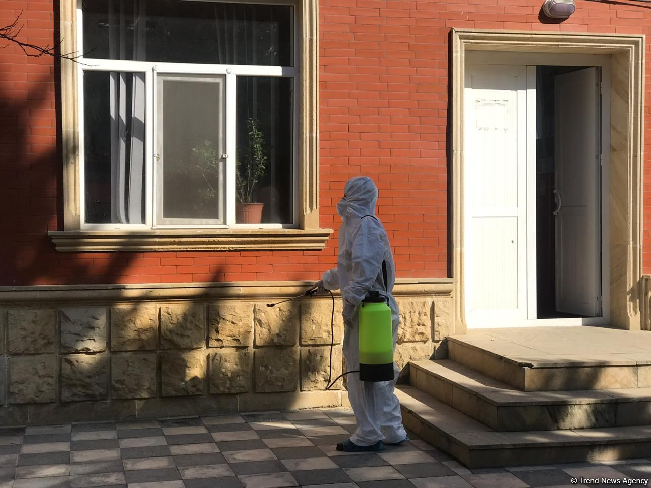 Disinfection work ongoing in Baku amid COVID-19 threat (PHOTO) - Gallery Image