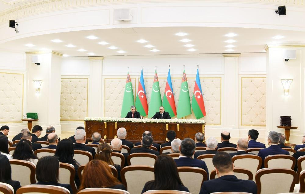 President Ilham Aliyev: Both Turkmenistan and Azerbaijan have been attaching special importance to transport infrastructure, we practically went along parallel course by modernizing this infrastructure