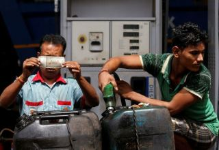 India increases fuel tax in a bid to shore up revenue
