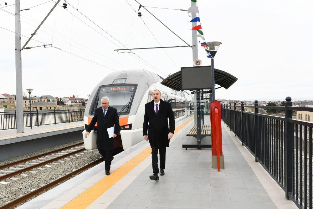 Президент Ильхам Алиев принял участие в открытии после реконструкции участка Пиршаги-Горадил-Новханы-Сумгайыт Абшеронской кольцевой железной дороги (ФОТО/ВИДЕО) (версия 2) - Gallery Image