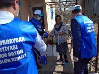 YAP-ın könüllüləri son beş gündə 2500-dən artıq tənha və ahıllara yardım edib (FOTO) - Gallery Thumbnail