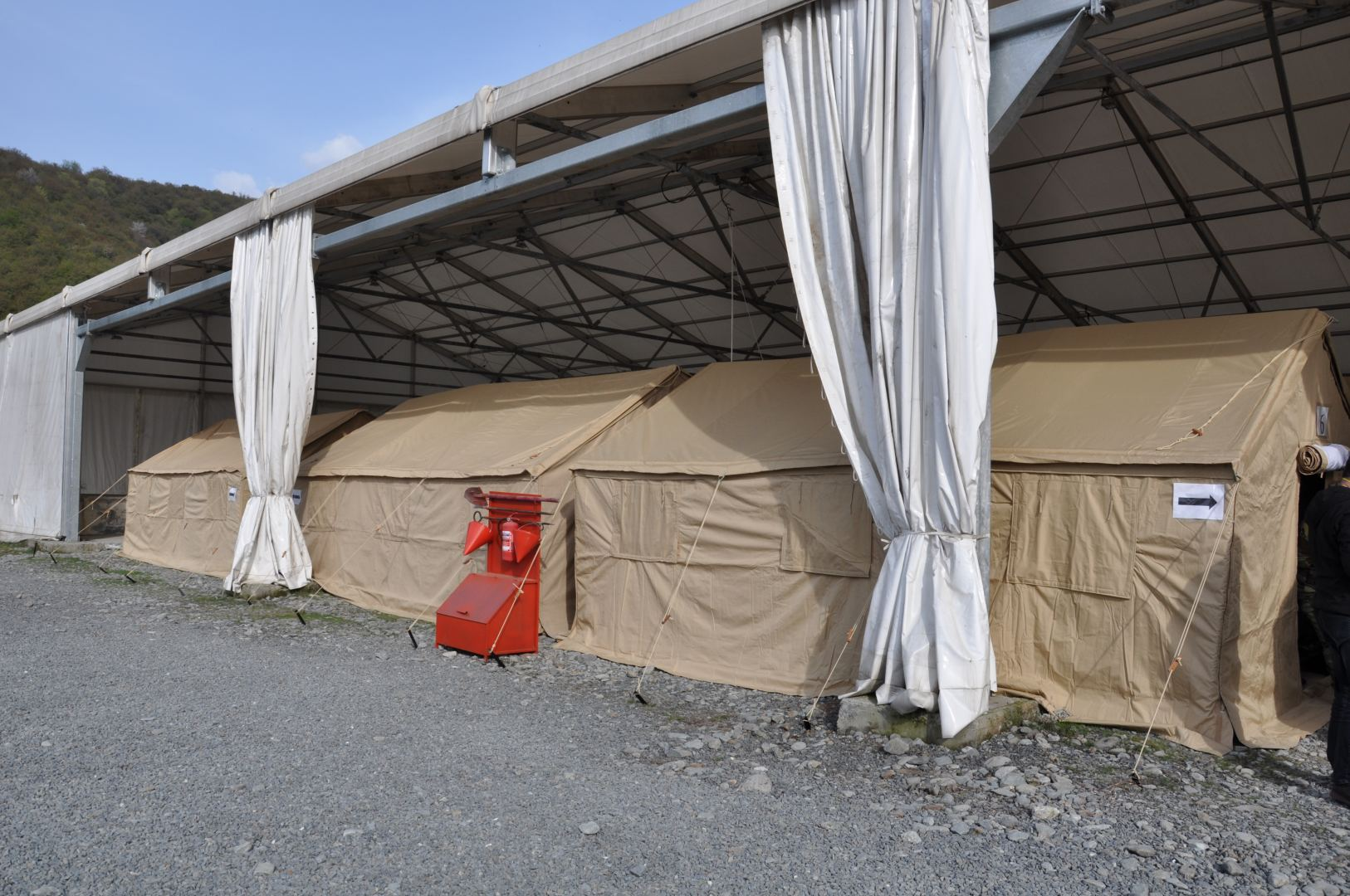 Azerbaijan's Emergency Ministry increases number of tents at border reception and sorting points (PHOTO/VIDEO) - Gallery Image