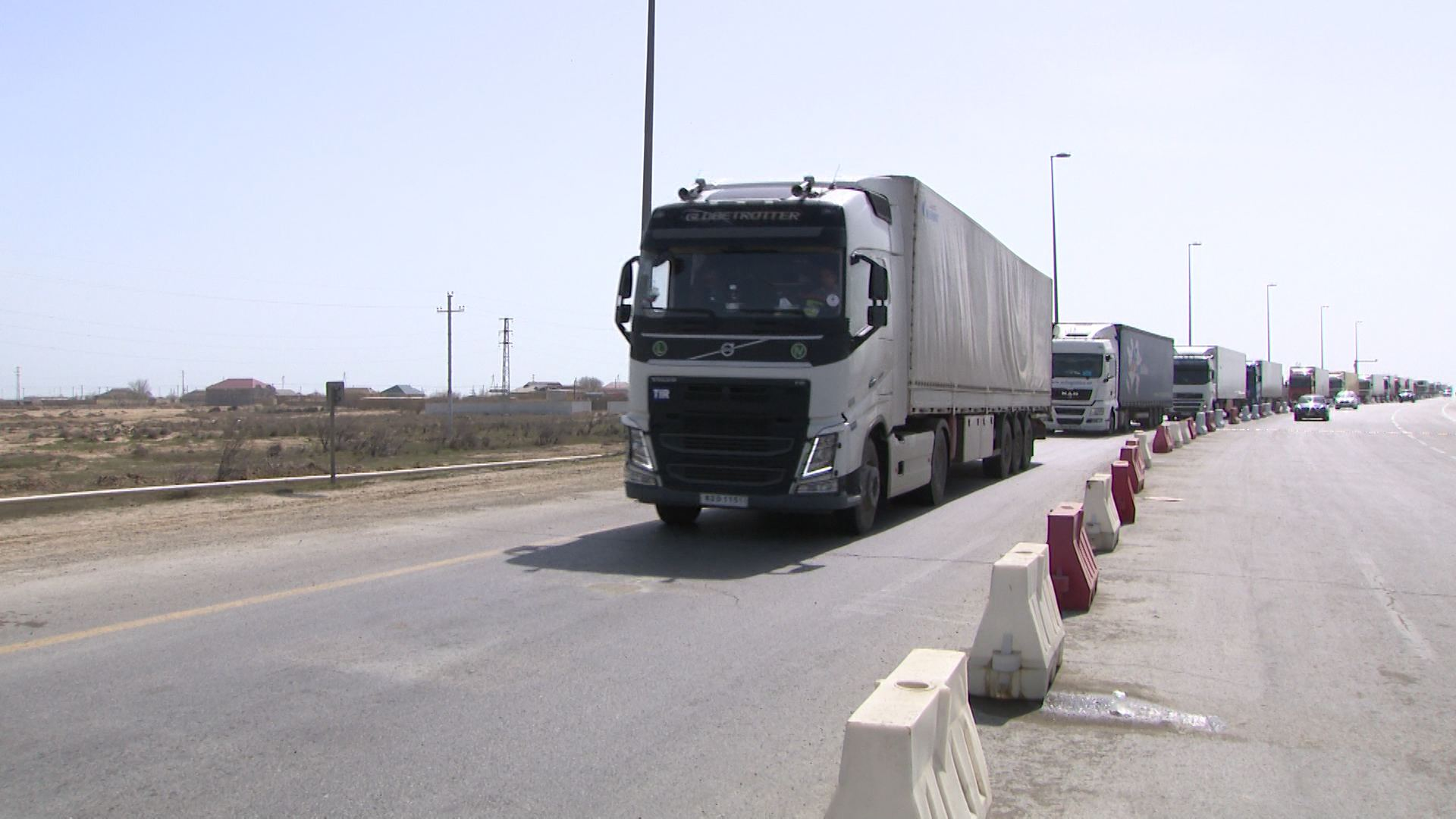 Movement of transit trucks ensured in Azerbaijan, says ministry (PHOTO/VIDEO)