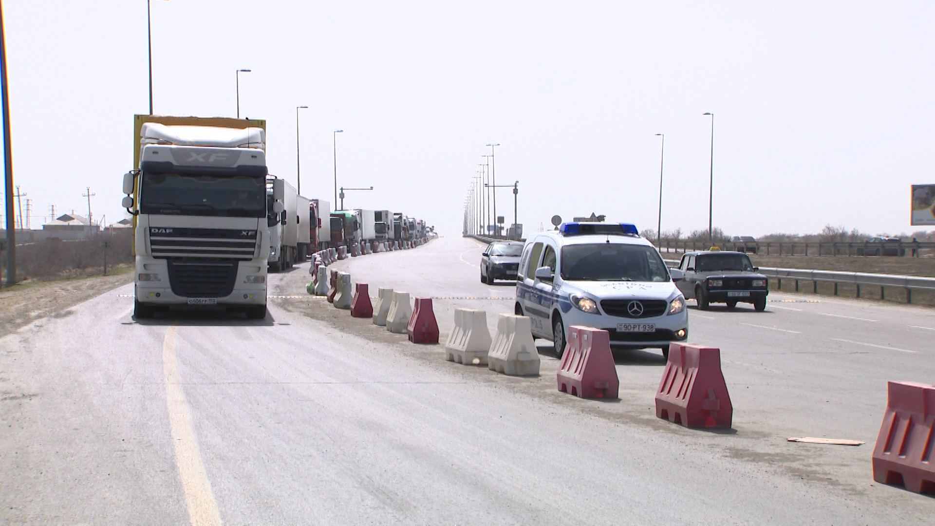 Movement of transit trucks ensured in Azerbaijan, says ministry (PHOTO/VIDEO) - Gallery Image
