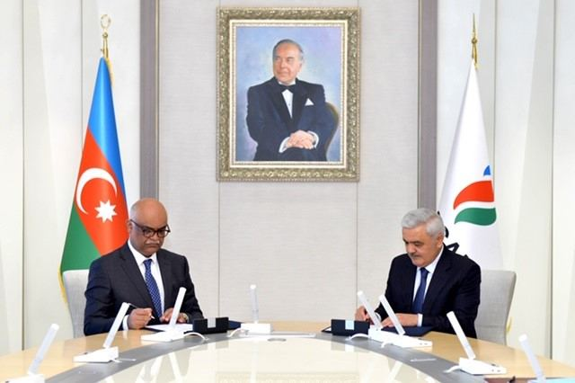 Azerbaijan's State Oil Company, Equinor sign co-op agreement (PHOTO)