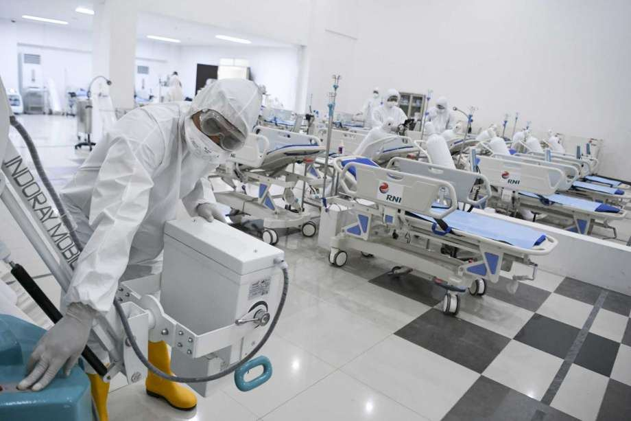 Spain's overnight coronavirus death toll at 567; infection rate slows