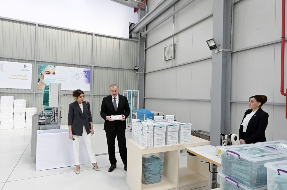 President Ilham Aliyev, First Lady Mehriban Aliyeva attend opening of medical masks manufacturing enterprise in Sumgayit Chemical Industrial Park (PHOTO/VIDEO)