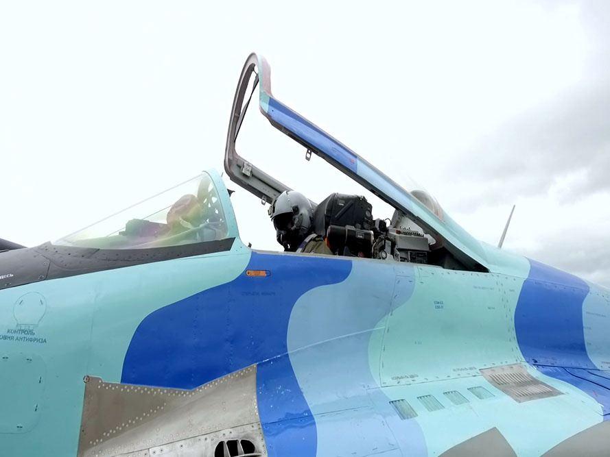 Проведено летно-тактическое учение с участием экипажей самолетов МиГ-29 и Су-25 ВВС Азербайджана (ФОТО/ВИДЕО) - Gallery Image