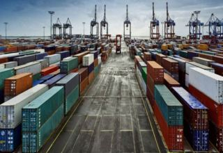 China exports jump 60.6% y/y in January-February, imports up 22.2%