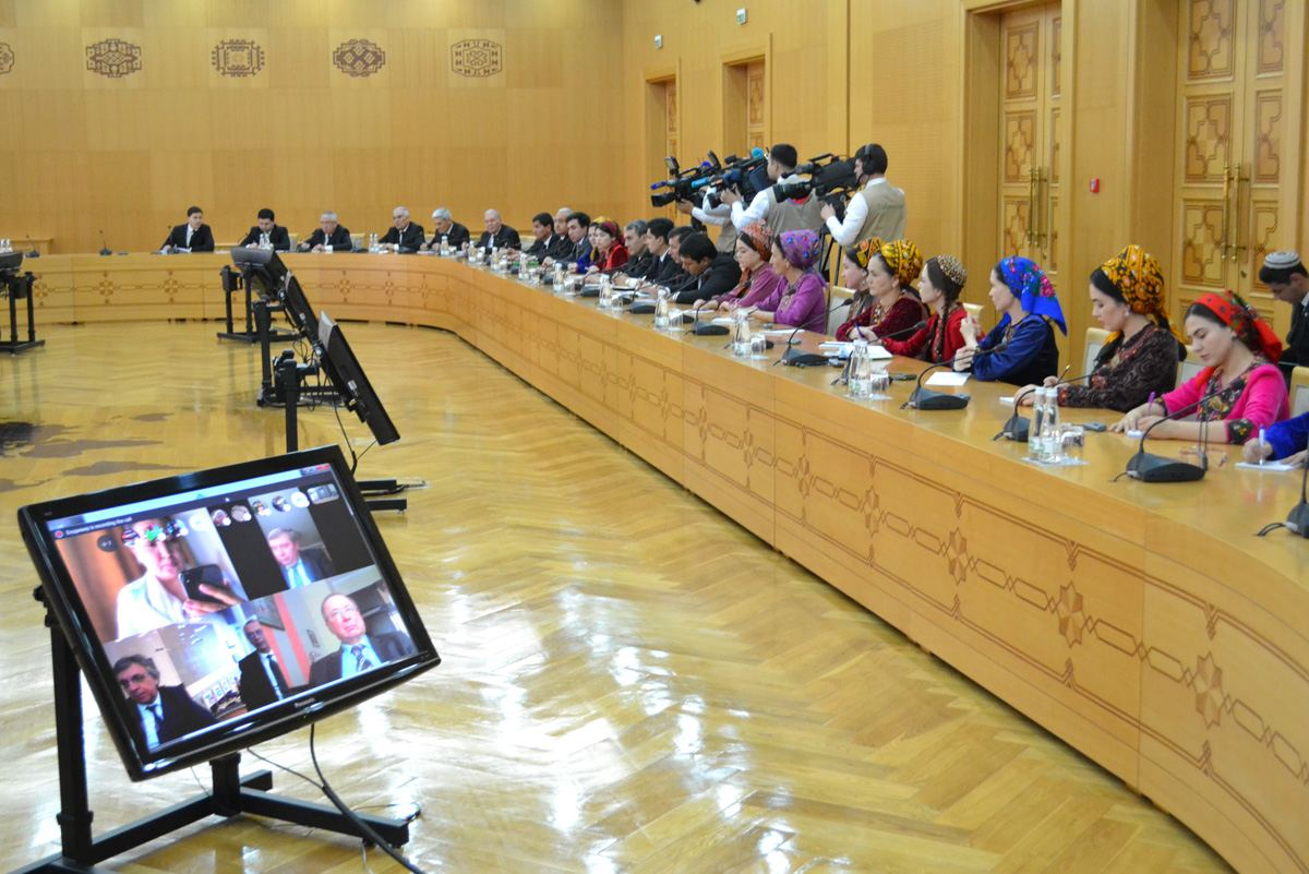 Turkmenistan's permanent neutrality discussed at international media forum (PHOTO) - Gallery Image