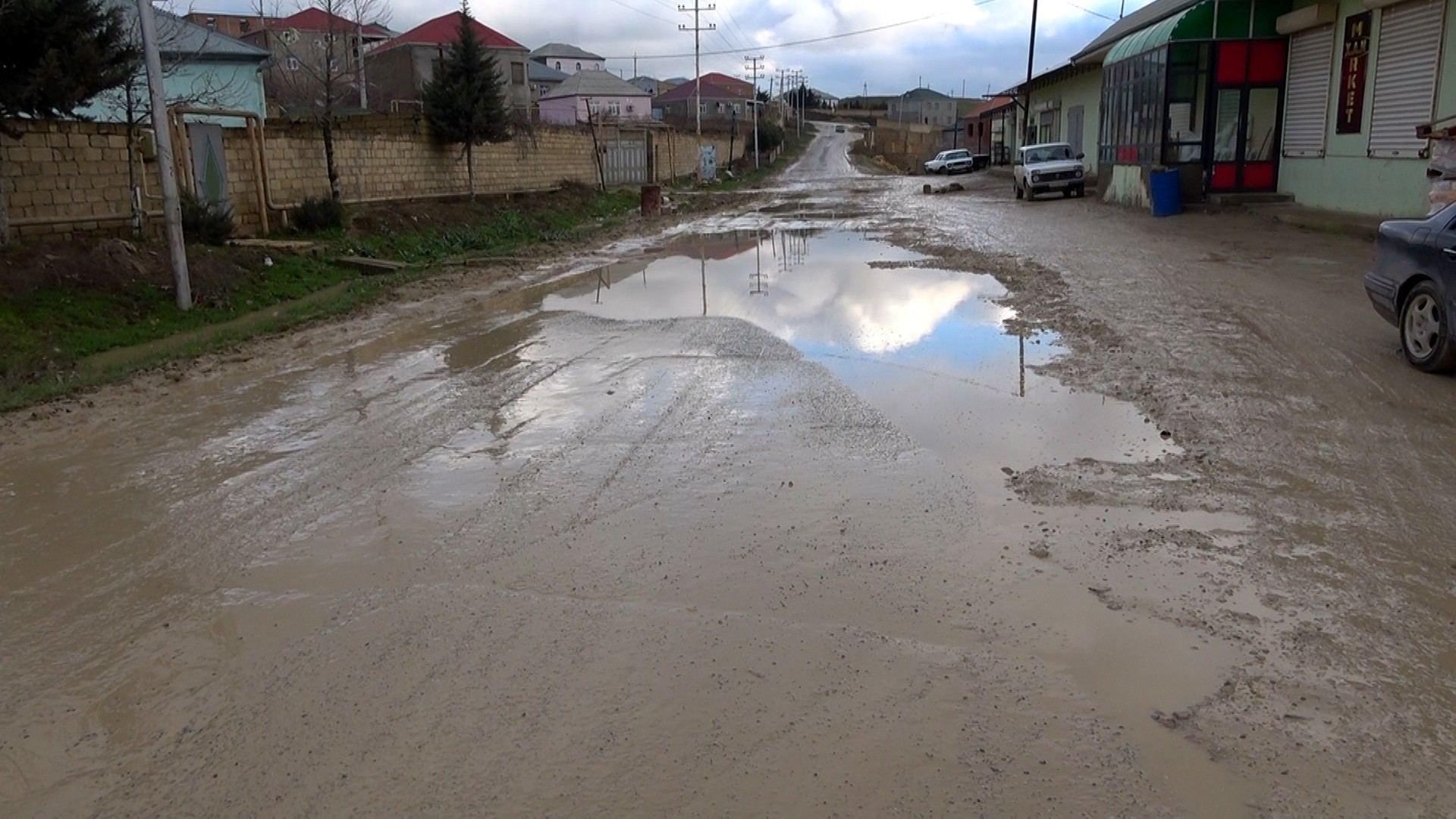 В Абшеронском районе ремонтируются 23 улицы и дороги (ФОТО) - Gallery Image