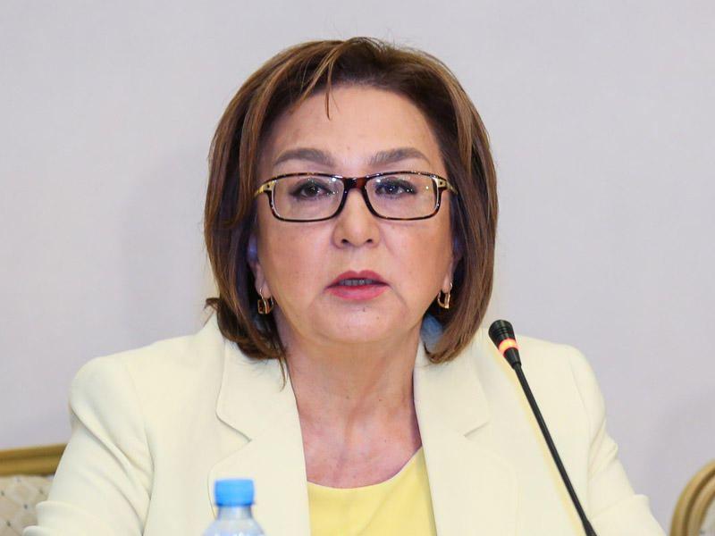 Малейка Аббасзаде: Лица, в семьях которых был случай инфицирования коронавирусом, на экзамен допускаться не будут