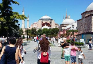 Turkey sees plunge in number of French tourists in 1H2020