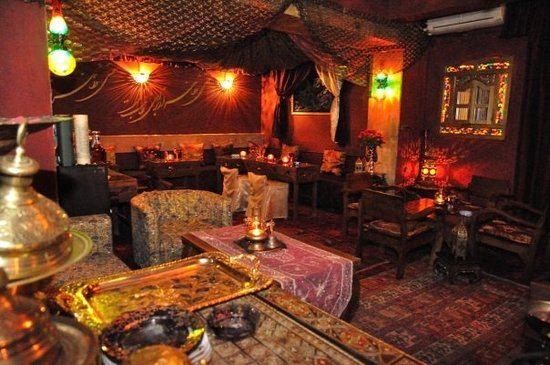 Iran's restaurants suffer losses, remain closed